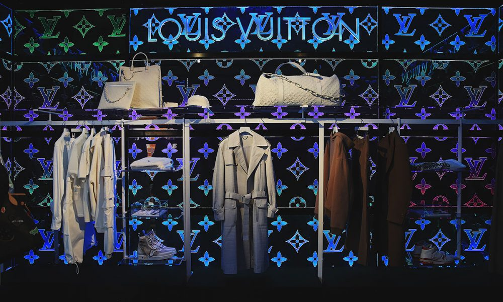 8b5ec1a2fa43 Virgil Abloh opens Louis Vuitton SS19 pop-up store in London - Shift ...